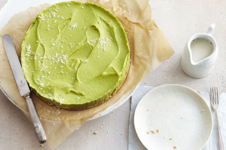 Rezept Fur Vegane Avocado Limetten Torte Kitchengirls